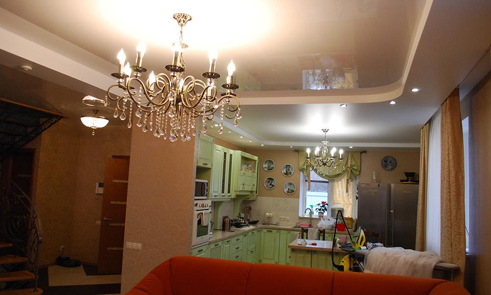 квартира студия натяжные потолки сатин