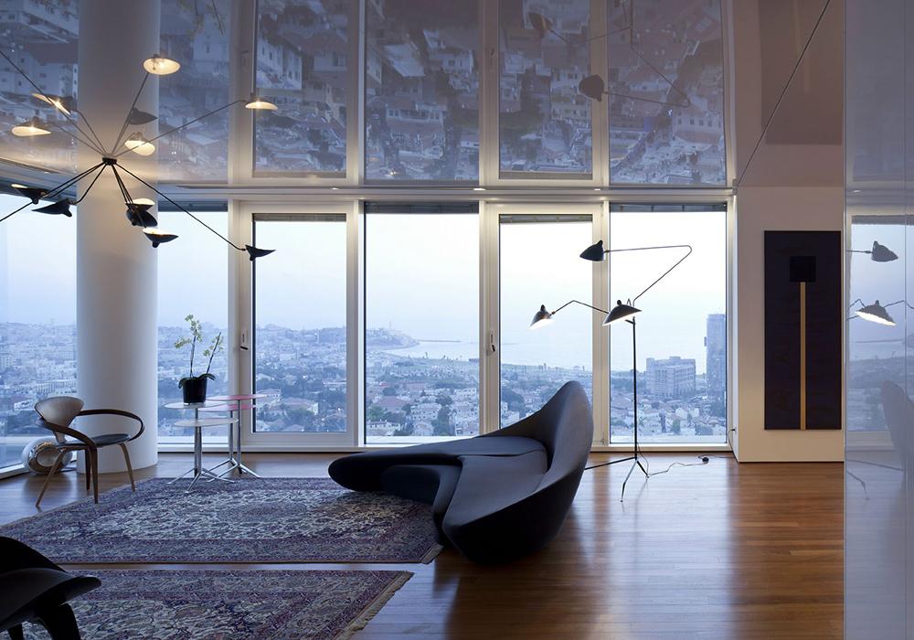 квартира студия натяжные потолки глянцевые